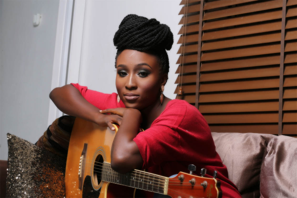 aramide listening party for suitcase