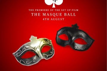 The Set Up Premiere 2 mask ball